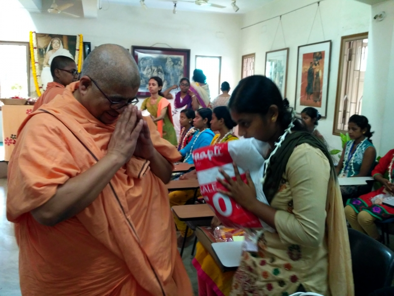 Distribution of Puja clothes